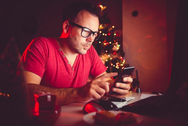 Christmas smartphone worker