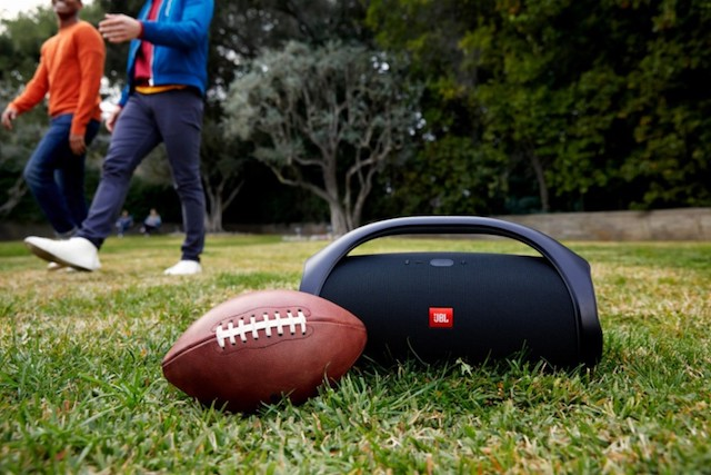 JBL Boombox is a superb portable Bluetooth speaker sans assistant