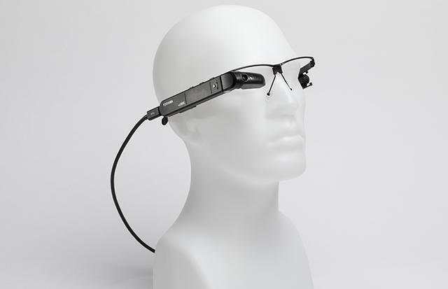 photo image Toshiba unveils new smart glasses powered by a portable Windows 10 Pro PC