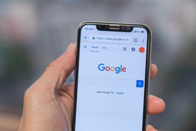 Google search on iPhone X