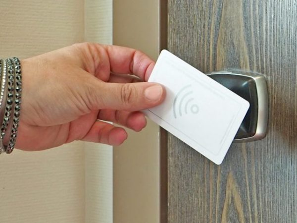 Hotel door locks could have been easily hacked by fake master keys