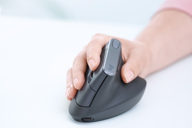 Logitech MX Vertical - Advanced Ergonomic Mouse