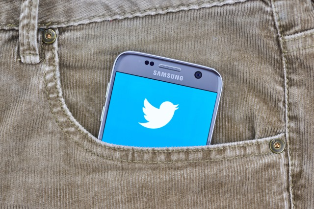 Twitter on phone in pocket