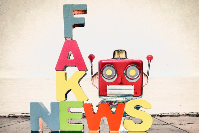 Fake news robot
