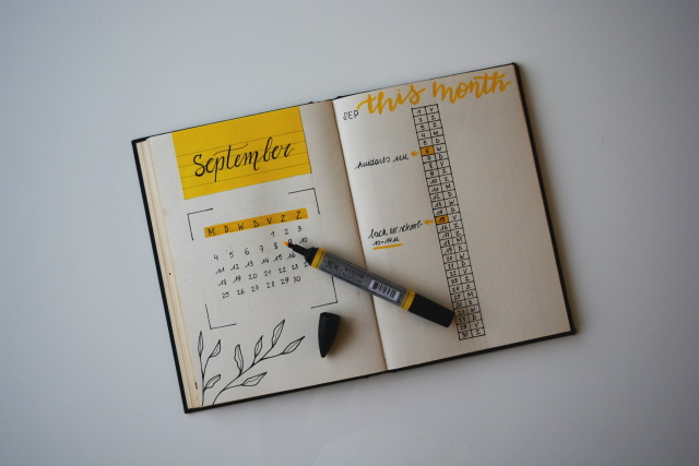 Calendar with highlighter