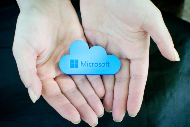 Microsoft cloud in hands
