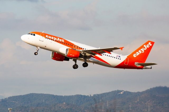 EasyJet customers' credit card details stolen in cyber attack