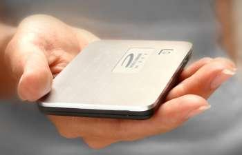 "Novatel's ""Mi-Fi"" 3G hotspot"
