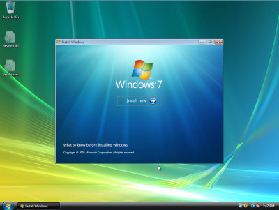 The initial upgrade panel from Windows 7, showing in a just-born Windows Vista installation.