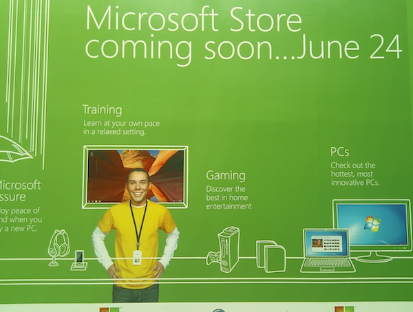 Microsoft Store Opening Sign