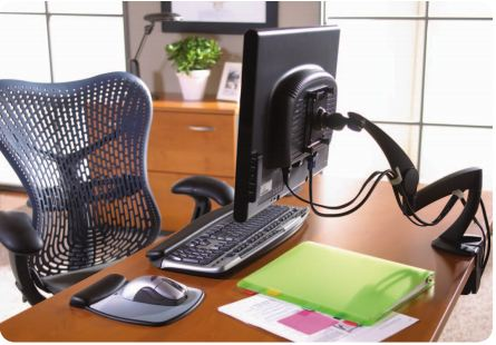 3M swiveling monitor stand