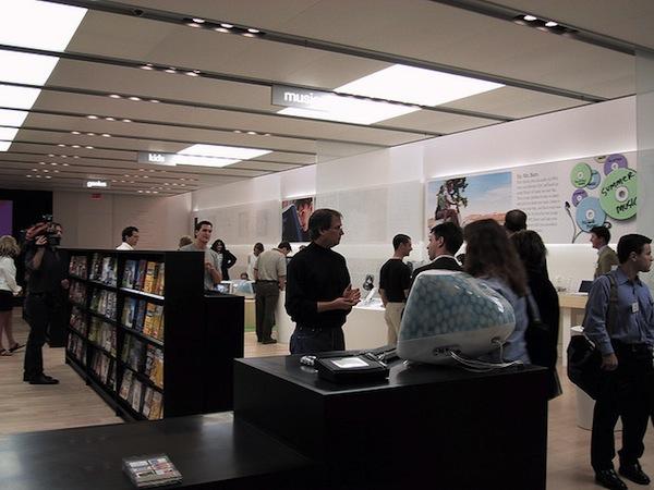 Steve Jobs inside first Apple Store